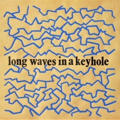 Long Waves in a Keyhole EP